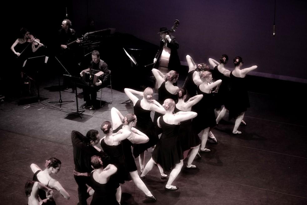 Tango Dance Group